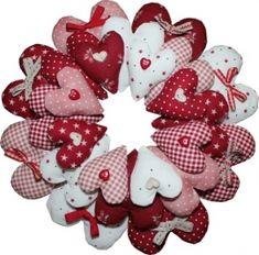 BOM and Kits :: Kits - Rinske Stevens Design - page 2 Valentine Day Wreaths, Valentines Day Decorations, Valentine Day Crafts, Christmas Sewing, Christmas Crafts, Christmas Ornaments, Diy Valentine's Day Decorations, Fabric Hearts, Fabric Wreath