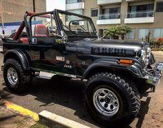 Jeep Laredo - the red interior 😫😩 Jeep Willys, Cj Jeep, Jeep Mods, Jeep Suv, Jeep Wrangler Yj, Jeep Truck, Jeep Wrangler Unlimited, Jeep Wrangler Interior, Jeep Sport