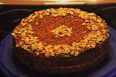 Glutenfreier Nusskuchen mit Nougatcreme