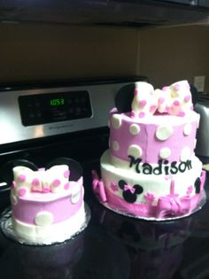 Minnie Mouse Birthday Cake with Smash Cake