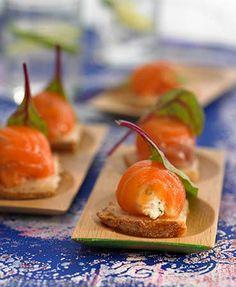 Bombones de salmón ahumado y queso fresco