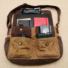 Messenger bag with Moleskine What In My Bag, What's In Your Bag, Hipsters, Leather Craft, Leather Bag, Timex Expedition, Moleskine Notebook, Travel Kits, Travel Bag