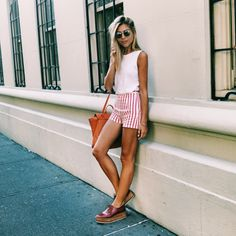 http://www.twinfashionblog.com/blog/2015/8/12/what-to-wear-the-nyc-edition