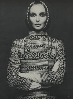 Samantha Jones photographed by Richard Avedon, Vogue October 1968