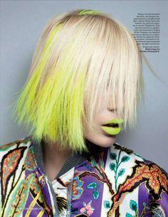 Neon yellow hair & lips!