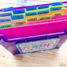 What To Put in Your Emergency Sub Tub - Natalie Lynn Kindergarten File Folder Organization, Classroom Organization, Classroom Management, Classroom Decor, Organizing, Sub Tub Kindergarten, Sub Folder, Emergency Sub Plans, Eureka Math