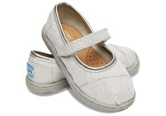 Every little fashionista needs a pair of glimmer shoes. These versatile Mary Janes just the treat for her feet.