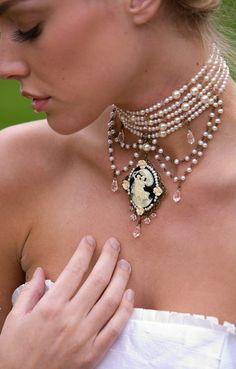 Bride vintage cameo necklace