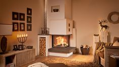 Modern style – your TILE STOVE from the master hafter – Fireplace Ideas 2020 Fireplace Inserts, Tiled Fireplace, Fireplace Ideas, Living Room Decor Cozy, Family Room Design, Wood Storage, Common Area, Home Interior Design, Room Inspiration