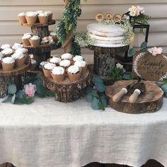 In this post I share inexpensive and easy ways to decorate for an outdoor wedding. Rustic outdoor wedding ideas, Boho rustic wedding, wood cake stand, wedding ideas for a backyard, how to create a rustic wedding outdoors