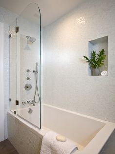 tub shower combo soaking tub with shower half door white square tile glass wall … tub shower combo soaking tub with shower half door white square tile glass wall shower mosaic tile of Magnificient Soaker Tub with Shower Ideas Soaker Tub With Shower, Bathtub Shower Combo, Bathroom Tub Shower, Glass Shower Doors, Half Glass Shower Wall, Bathroom Fixtures, Bathtub With Glass Door, Shower Niche, Stone Bathtub