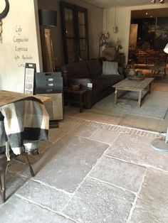 Flooring Trends Color excellent ideas for the Natural Stone Flooring, Stone Flooring, Living Room Flooring, House Flooring, Home Decor, Rustic Flooring, Flooring, Wood Floor Kitchen, Patio Flooring