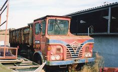 Foden Antique Trucks, Vintage Trucks, Cat Engines, Caterpillar Engines, The Iron Lady, Old Lorries, Old Tractors, New Trucks, Classic Trucks