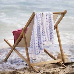 Relax and unwind. Listen to the soothing sounds of #summer #beach #picknpay