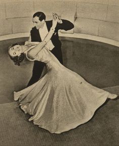 Joan Crawford, Tony de Marco (Pestrý týden, 25.3.1939) Joan Crawford, Cinema, Actresses, People, Female Actresses, Movies, Cinematography, Cinema Movie Theater, People Illustration