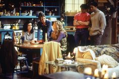 Friends ~ Episode Pics ~ Season Episode 7 ~ The One With the Blackout Friends Season 1, Friends Episodes, Friends Series, Friends Show, Hes Her Lobster, Friends Merchandise, Joey Tribbiani, Best Shows Ever, Tv Shows