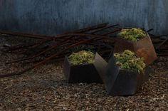 Hyve - Boulders plantenbakken geoxideerd metaal