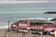"Antigos restaurantes ""O Barbas"" e ""Bento"" Costa de Caparica"
