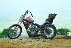 @Regrann_App from @kabla_kustom_mc  Badasss bgt nih motornya om @glinding_kustom  for sale juga kalo mau #dropmoto #dropseat #indonesiakustomkultur #kustomkulture #chopcult #chopperracer #choppycub #chopper #chopperswapper #chopperindonesia #chopperlife #rodaduasampetua #glindingkustom #bobber #bobbersnchoppers #groovychopper #indonesia #kuninganrepots #kuningan  tag #karbkulture to get featured!  #indonesiankustomscene via Instagram http://ift.tt/2dsNGnR