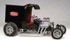 Model Cars Kits, Kit Cars, Plastic Model Kits, Plastic Models, Custom Hot Wheels, Old Models, Cool Bikes, Fire Trucks, Scale Models