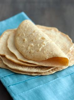 Low Carb Tortilla Recipe - simple and delicious tortillas that make for great tacos and burritos. Ketogenic Recipes, Mexican Food Recipes, Low Carb Recipes, Cooking Recipes, Snacks Recipes, Keto Snacks, Mexican Desserts, Freezer Recipes, Freezer Cooking