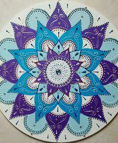 Mandala Art Lesson, Mandala Drawing, Mandala Painting, Dot Painting, Stone Painting, Simple Mandala, Lotus Mandala, Mandala Dots, Mandala Design