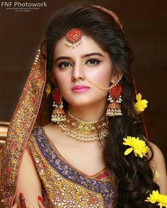 Trendy Ideas For Pakistani Bridal Makeup Nose Rings Pakistani Bridal Makeup, Bridal Mehndi Dresses, Pakistani Wedding Outfits, Indian Bridal Fashion, Bridal Outfits, Bridal Bouquets, Bridal Makeup Looks, Bridal Looks, Wedding Makeup