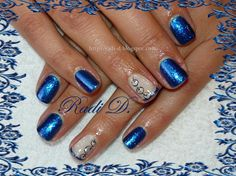 Blue Christmas - Nail Art Gallery nailartgallery.nailsmag.com by www.nailsmag.com