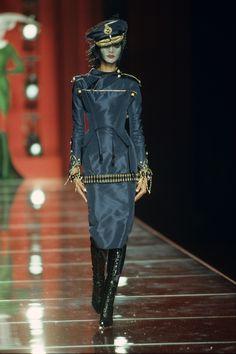 Christian Dior Fall 2000 Couture Fashion Show - Tasha Tilberg (OUI)