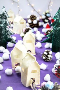 a magic Christmas village made of felt! Step by step by Donkey and the Carrot