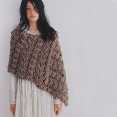 Yarning: Capes and ponchos Japanese style