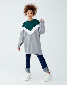 Sweatkleid mit Colour-Blöcken - PULL&BEAR Pull & Bear, Bell Sleeves, Bell Sleeve Top, Winter Fashion, Sweatshirt, Tunic Tops, Style, Vestidos, Over Knee Socks