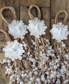 "9 hitku: ""by Ágnes Herczeg ""Study art and design at nscad caHerczeg Ágnes ad… – SkillOfKing.ComBest 9 hitku: ""by Ágnes Herczeg ""Study art and design at nscad caHerczeg Ágnes ad… – SkillOfKing. Burlap Flowers, Fabric Flowers, Paper Flowers, Christmas Wreaths, Christmas Crafts, Christmas Decorations, Christmas Ornaments, Burlap Crafts, Diy And Crafts"