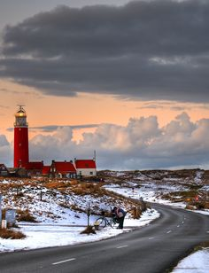 Road to the lighthouse (island of Texel, Netherlands) by Florian Flerlage