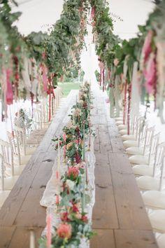 Colorful Boho Wedding Reception decor - Photography: Irene Fucci