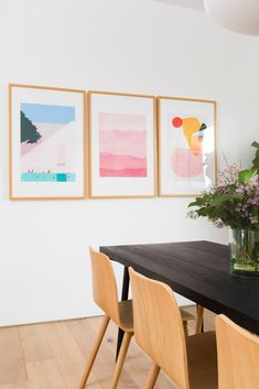 Mixing Styles Scandinavian Japanese Minimalist Home Tour minimalist design with a maximalist color palette Modern Minimalist Living Room, Minimalist Home Interior, Minimalist Bedroom, Minimalist Decor, Minimalist Design, Minimalist Kitchen, Minimalist Apartment, Minimalist Style, Modern Interior