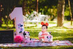 Fotograf de familie - Constantin Alin Photography Baby, Photography, Decor, Photograph, Decoration, Fotografie, Photoshoot, Baby Humor, Decorating