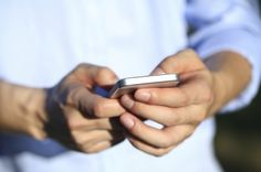 ARTICLE - How Smartphone Use Is Changing The Way Thumbs and Brains Communicate   IFLScience