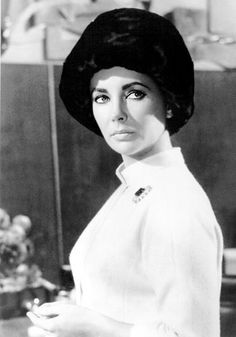 Elizabeth Taylor.....Uploaded By www.1stand2ndtimearound.etsy.com