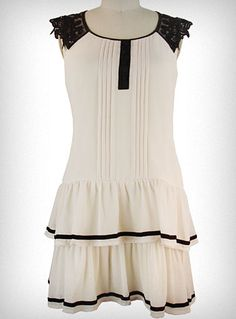i want to be a flapper.  so i love this dress.
