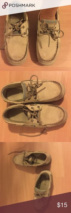 Tan sperry top siders Worn but still have a lot of life left in them! Sperry Top-Sider Shoes