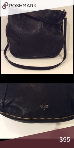"""Black Fossil Leather Handbag with Zipper Detailing Black Fossil handbag with gold zipper detailing all around. Comes with a handle as well as a detachable strap. 2 interior pockets and 1 call phone pocket. In very good condition. Bag measures 15"""" wide x 14"""" high x 3"""" deep. Shoulder strap drop is 22.5"""", handle drop is 7"""". Fossil Bags Hobos"""