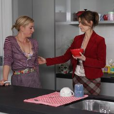 of the best moments shared between Billie and Nina on Offspring. Eight of the best moments shared between Billie and Nina on Offspring.Eight of the best moments shared between Billie and Nina on Offspring. Offspring Tv Show, Bohemian Style, Boho Chic, Off Spring, Scarf Belt, Mommy Style, Boho Fashion, Fashion Ideas, Boho Outfits
