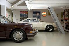 Le Porsche Garage... The Garage Journal Board