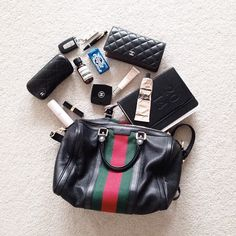 What's in My Bag - via iconosquare