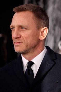 50 facts about Daniel Craig Daniel Craig James Bond, Craig Bond, James Bond Books, James Bond Movies, Rachel Weisz, Daniel Graig, Salt And Pepper Hair, Best Bond, Portraits
