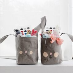 Make these cute bunny Easter baskets using Kraft-tex!