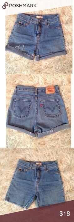 DKNY ~ Rolled Cuff Jean Shorts Women/'s 2-14 NWT $50