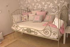Cojines habitación niña http://www.mamidecora.com/complementos_mariñana.html