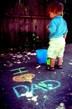 The Frugal Mama Files: Have a fun & frugal Father's Day Fathers Day Pictures, Fathers Day Photo, Fathers Day Crafts, Gifts For Father, Happy Fathers Day, First Mothers Day, Mother And Father, Father Sday, Mother's Day Photos